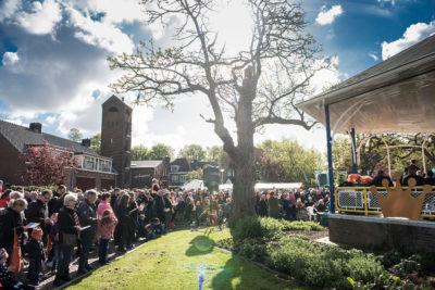 Papendrecht, 27-04-2017 Koningsdag in Papendrecht met aubade. Foto: Ronald van den Heerik